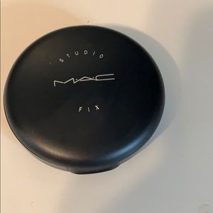 Mac studio fix foundation powder n5